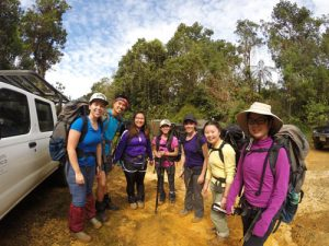 UW Students head off to trek the Costa Rican rainforest!